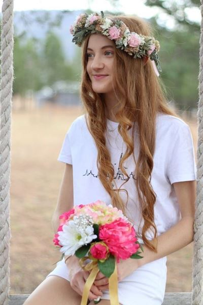 Picture of Flower Crown for the Races